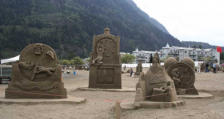 صور للنحت على الرمال